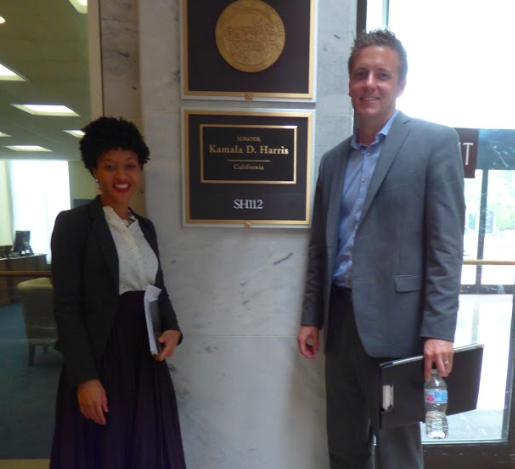 ARCS Member outside Senator Harris' Office